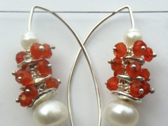 Fleur Kerry-Wiseman - Silver, carnelian and white fresh water pearl drop earrings
